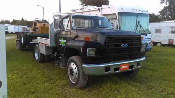 Ford F700  1992    Medium Trucks