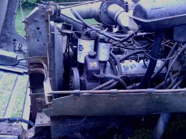 International S SERIES 1754 (1984) : Bucket / Boom Trucks