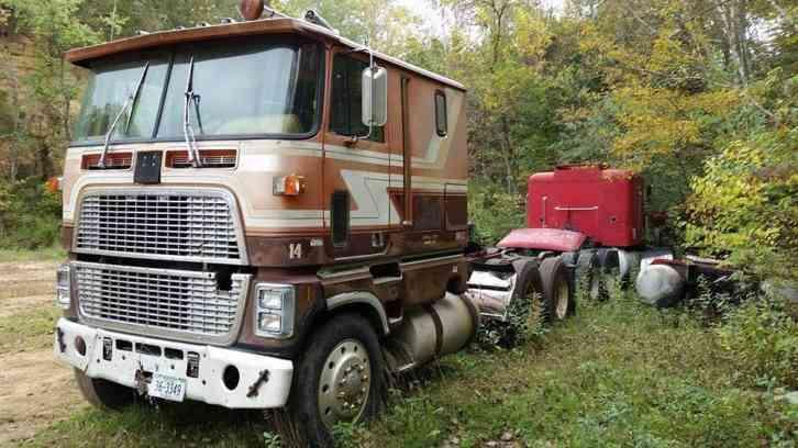 Ford cl9000 (1983) : Sleeper Semi Trucks