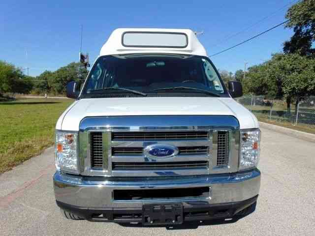 Ford 12 passenger tuscany conversion shuttle van 2013 for Tuscany conversions