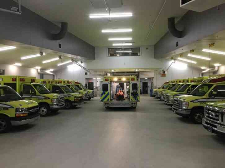 FORD E-450 2010 AMBULANCE 6. 0 POWERSTROKE DIESEL