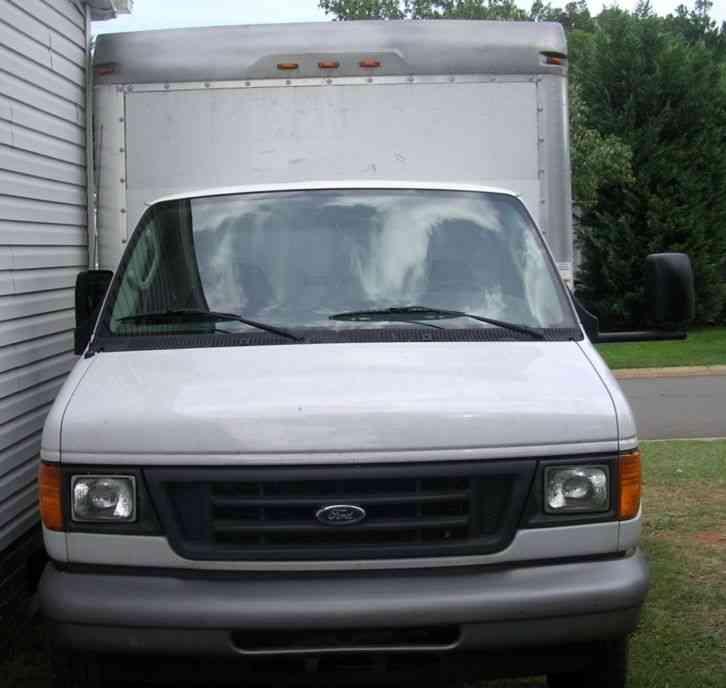 2006 Ford E350 Super Duty Passenger Transmission: Ford E350 Super Duty (2006) : Van / Box Trucks