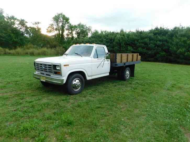 Ford F350 Dually Diesel Flatbed (1986)
