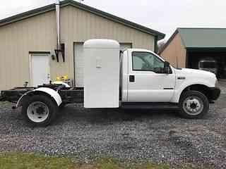 Ford F550 2003 Medium Trucks