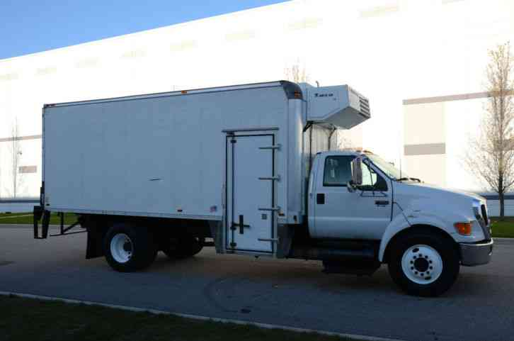 Refrigerated Truck Vehicle : Ford f refrigerated box truck ft thermoking side