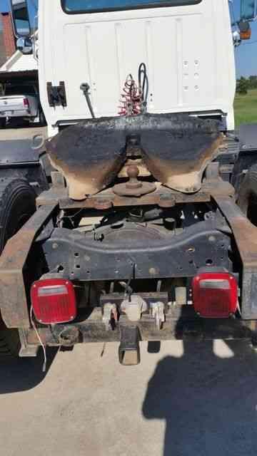 Dana Rear Axle Tractor : Ford ls  daycab semi trucks