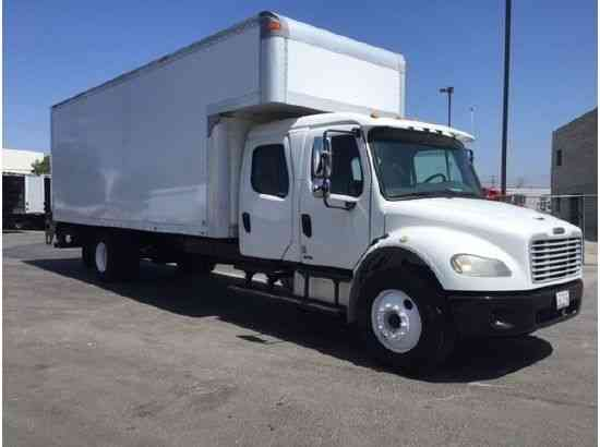 Ford Trucks For Sale Near Me >> Freightliner CREW CAB BOX TRUCK w LIFTGATE AUTOMATIC HIGH CUBE DIESEL, 26, 000# gvwr CDL (2006 ...