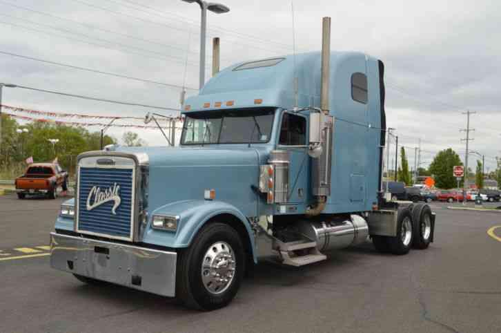 Freightliner CLASSIC XL (2002) : Sleeper Semi Trucks