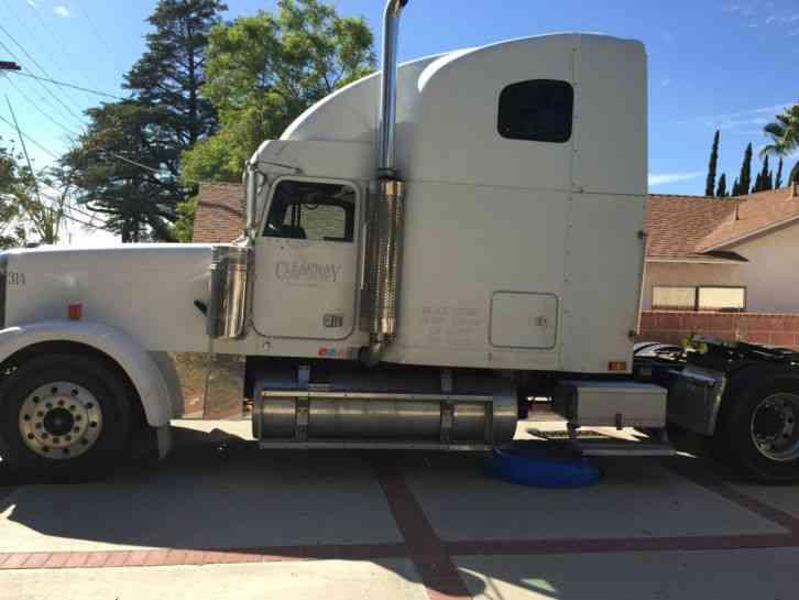 Fld 120 Freightliner Semi Truck : Freightliner classic xl fld  sleeper semi trucks