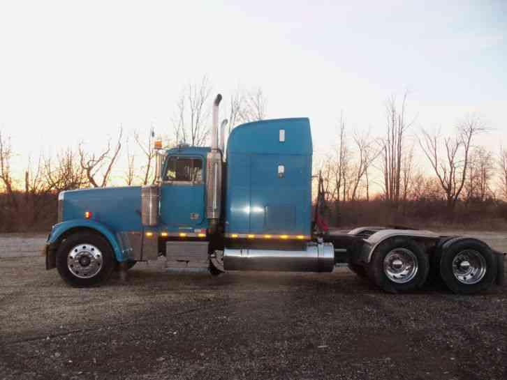 Freightliner CASCADIA 125 (2011) : Sleeper Semi Trucks