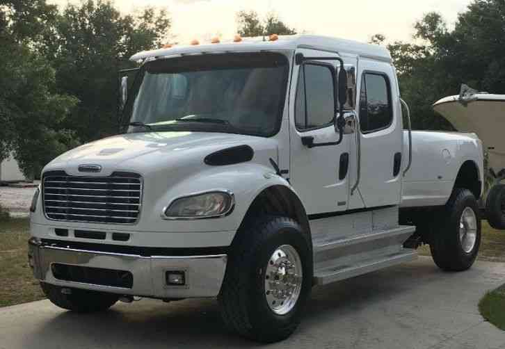 Freightliner FREIGHTLINER M2 106 BUSINESS CLASS (2008)