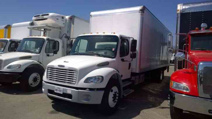 Freightliner 24ft Box Truck-Auto- PRICE REDUCED BELOW KBB WHOLESALE- (2014)