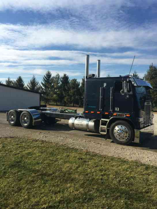 Cabover Trucks For Sale >> Freightliner Cabover 1985 Sleeper Semi Trucks