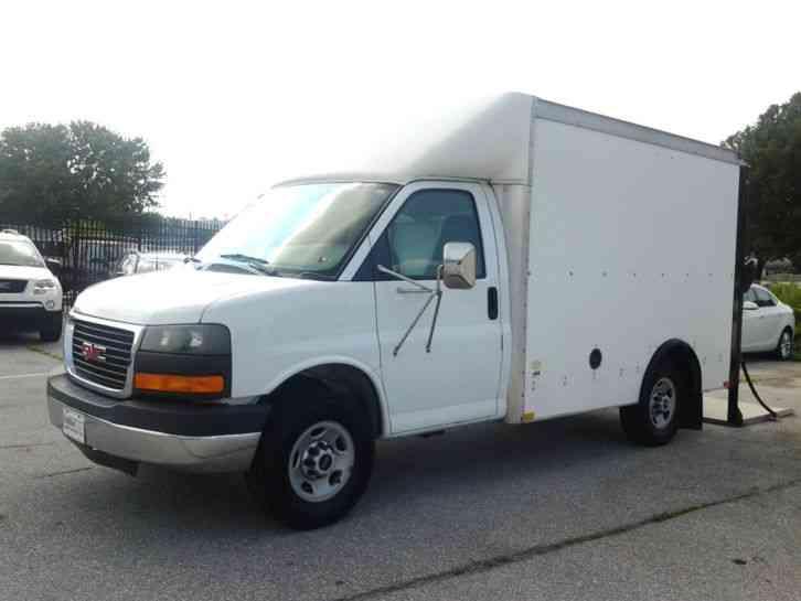 Gmc Savana 2005 Van Box Trucks