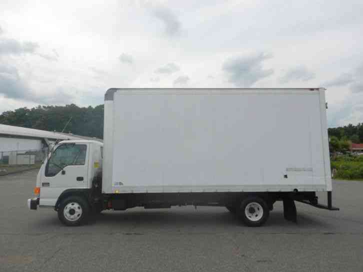Gmc W3500 2003 Van Box Trucks