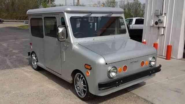 Grumman Electric Postal Van (1981)