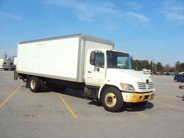 hino diesel morgan box truck box truck with power lift 2005 van rh jingletruck com