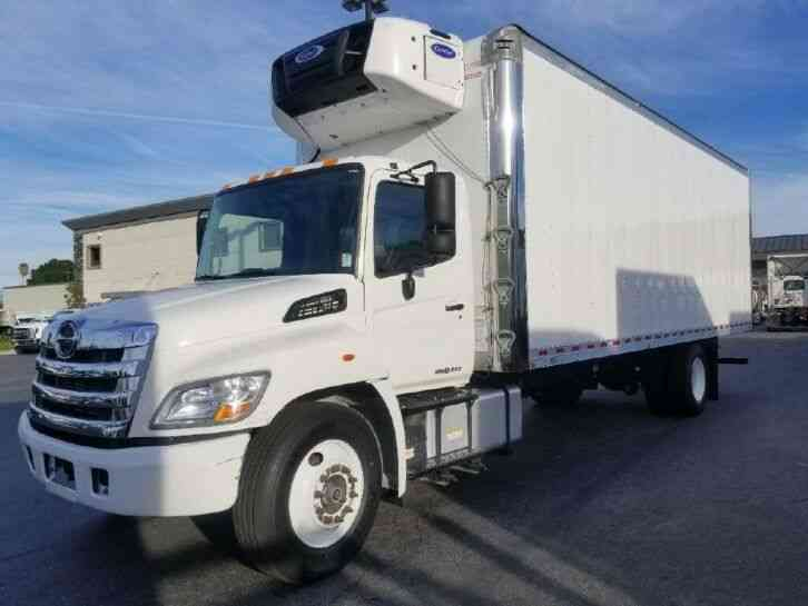 HINO 268 26ft Refrigerated Box truck 26, 000# GVW under CDL-WRNTY (2015)