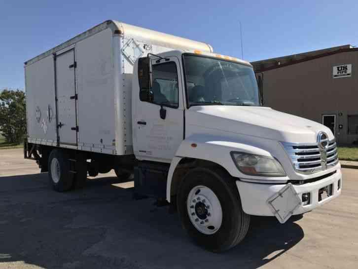 Hino 338 Box Truck  2007    Van    Box Trucks