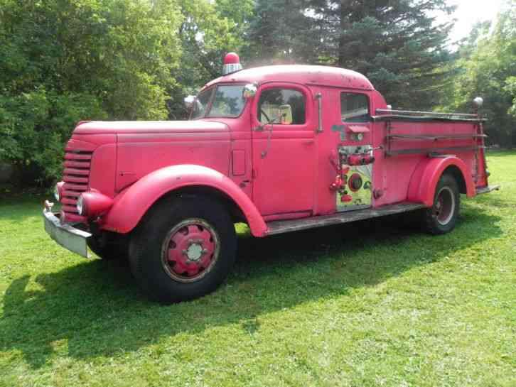 Gmc 1942 emergency fire trucks for Motor city gmc used trucks