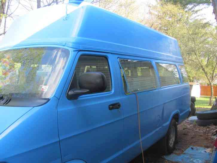 Ice Cream Trucks For Sale >> Dodge RAM 3500 (2003) : Van / Box Trucks