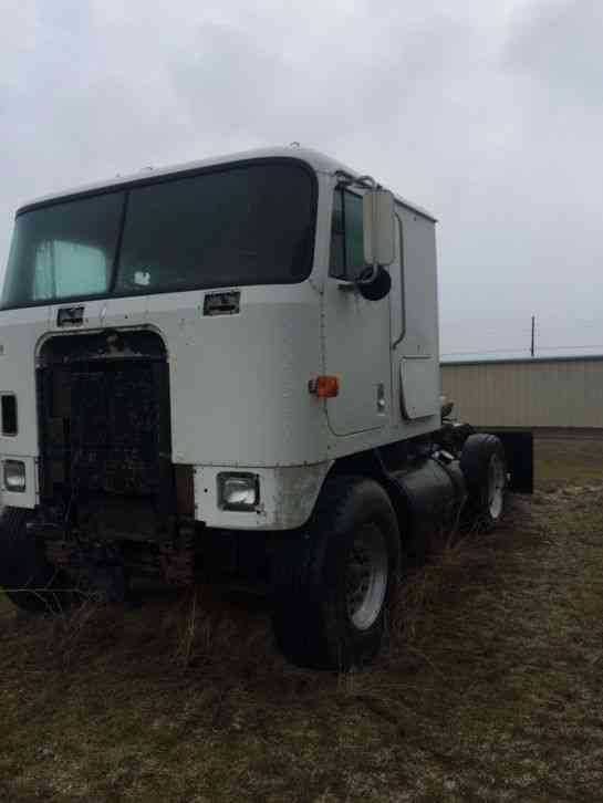 Ih International 9670 Coe 1984 Daycab Semi Trucks