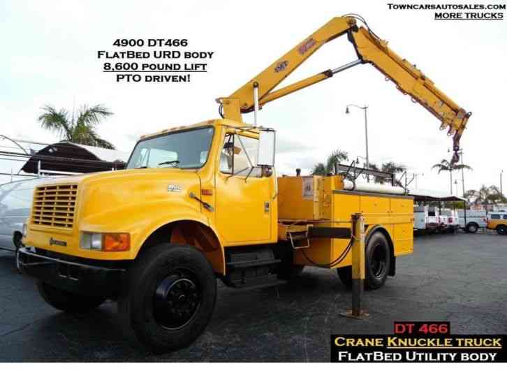 International 4900 CRANE TRUCK KNUCKLE BOOM TRUCK (2000)