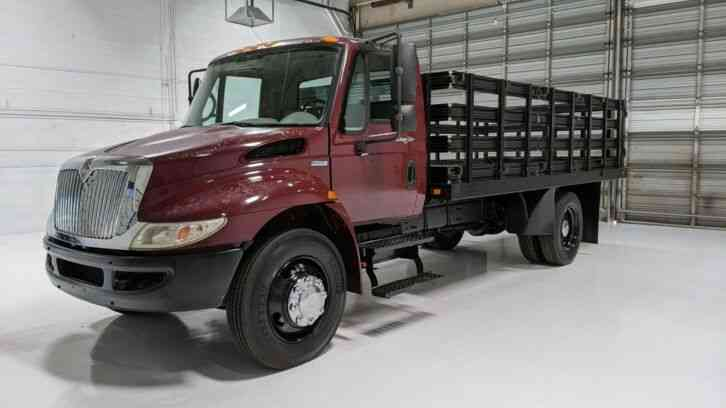 International 4200 4300 16' Flatbed 52k miles Stake bed (2009)