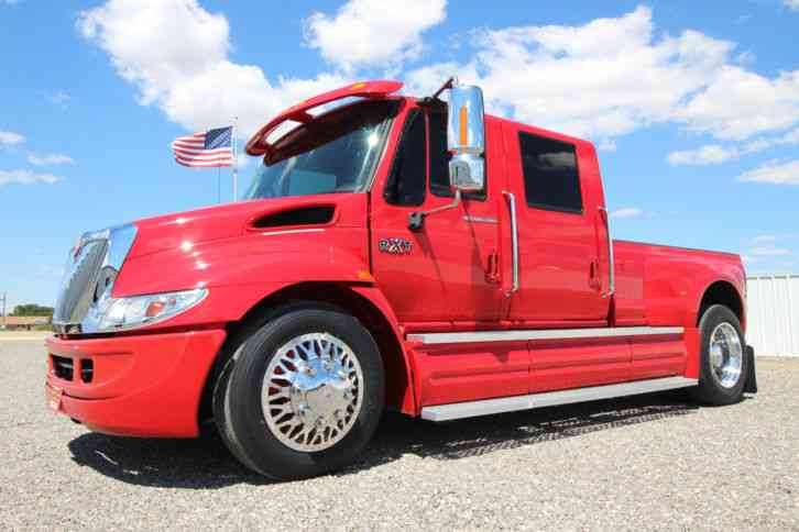 International RXT (2007) : Medium Trucks