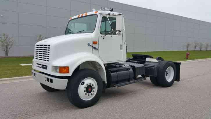 Single Axle Semi Tractors : International single axle day cab semi tractor super clean