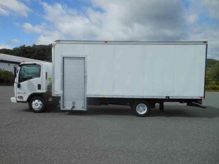 Isuzu Npr Hd Diesel Ft Box Truck Cube Van Ramp Cab Over Side Door Low Miles on Isuzu Truck Npr Diesel Engine