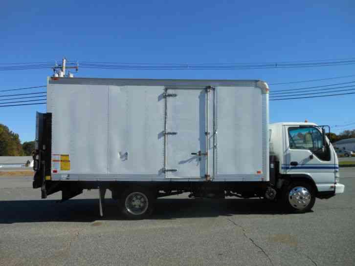 Isuzu Nqr 2007 Van Box Trucks