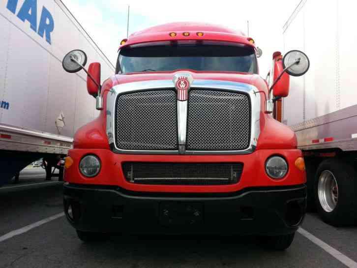Kenworth T2000 2007 Sleeper Semi Trucks