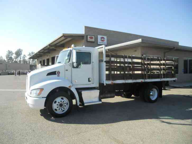 Flatbed Tow Truck >> KENWORTH STAKEBED 26000#gvwr UNDER CDL- AIR RIDE ...