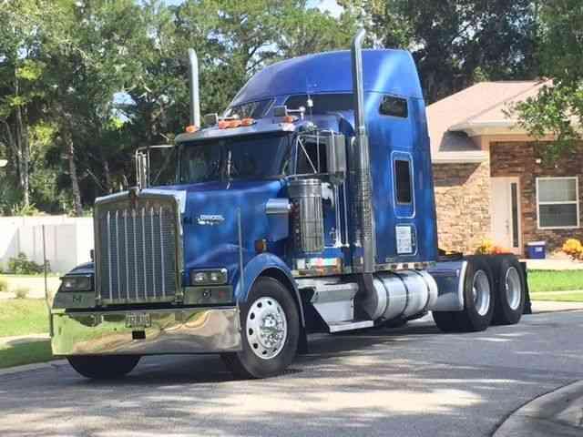 Kenworth W900l  2001    Sleeper Semi Trucks