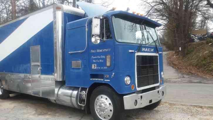 1979 Mack Tractor Truck : Mack ws lt daycab semi trucks