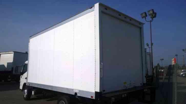 Mitsubishi Canter Fuso Box Truck 14ft 16ft 20ft Liftgate 4