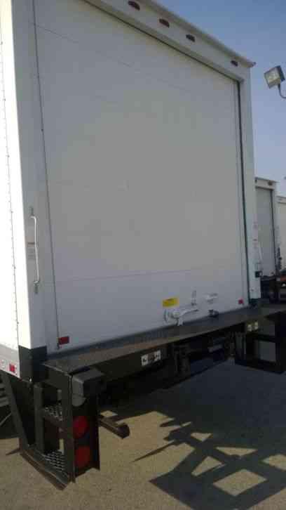 mitsubishi canter fuso box truck 14ft 16ft 20ft liftgate 4. Black Bedroom Furniture Sets. Home Design Ideas