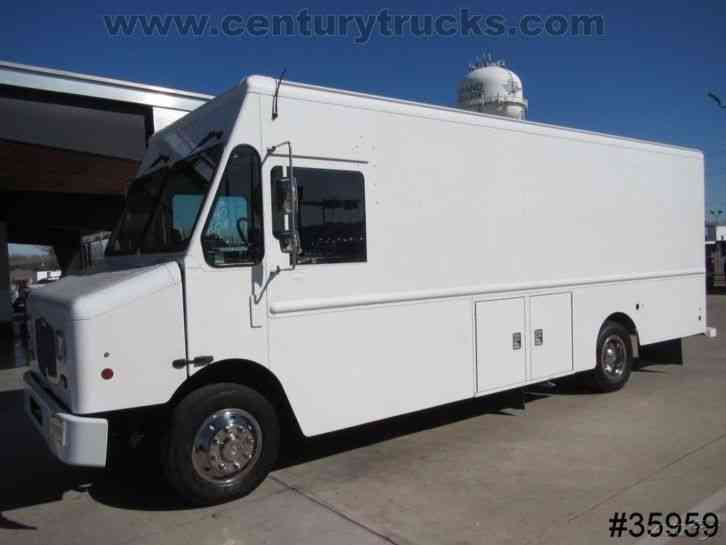 Freightliner Mt 55 2014 Van Box Trucks