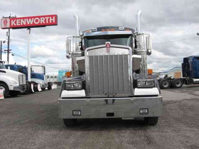 Led Lights For Semi Trucks >> Kenworth W900L (2015) : Sleeper Semi Trucks