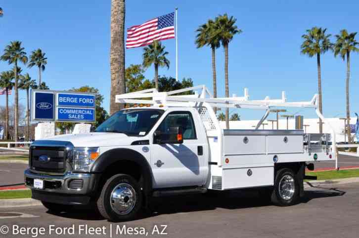 Ford F-550 4WD Contractor Body XL 660A (2016)