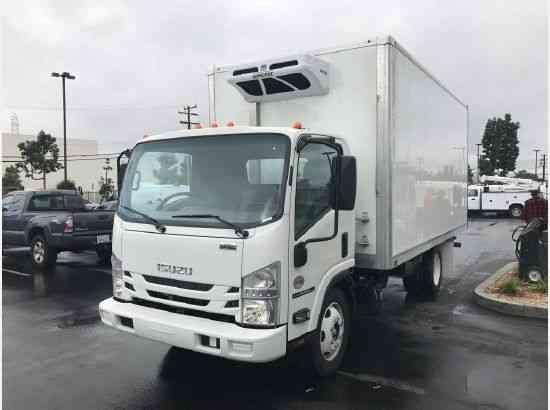 New isuzu npr xd 16ft refrigerated truck 5 2l diesel auto for 16 box auto