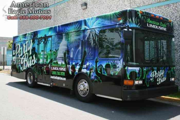 Gillig party bus (1999)