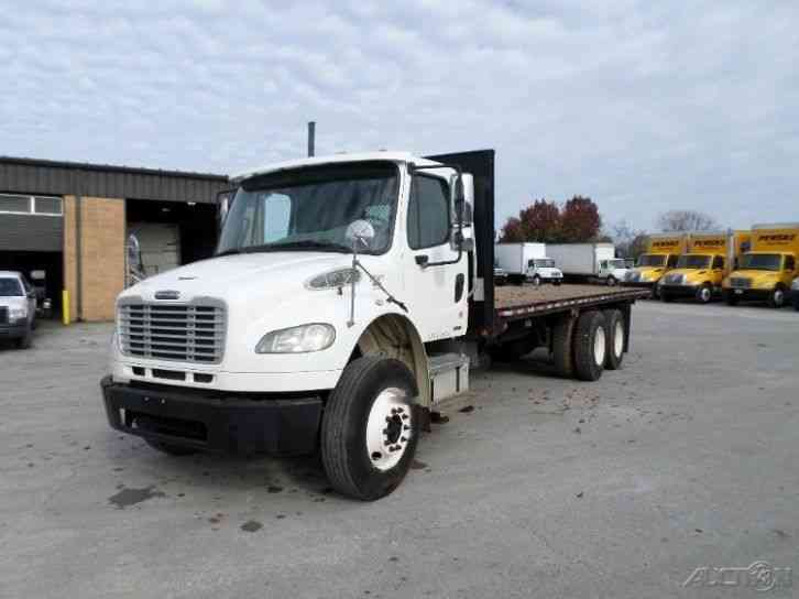 Freightliner BUSINESS CLASS M2 106 2008 Flatbeds