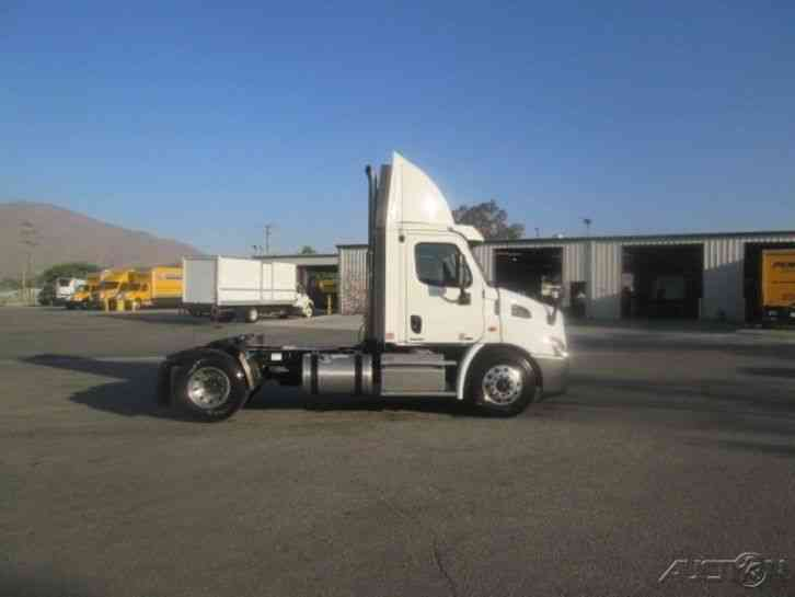 Freightliner CA11342DC - CASCADIA (2011)