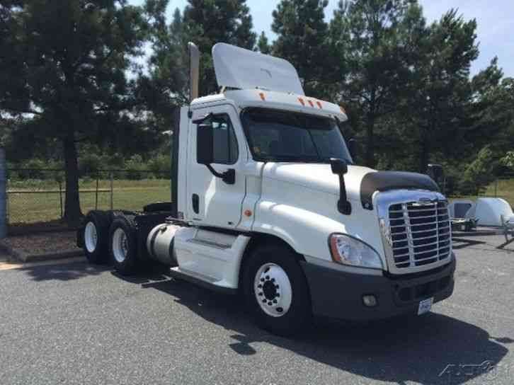 Freightliner CA12564DC - CASCADIA (2011)