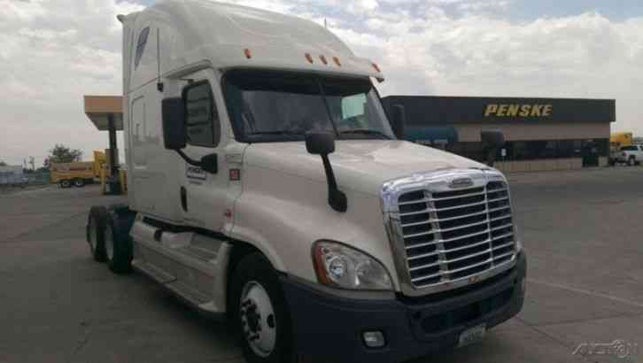 Freightliner CA12564DC - CASCADIA (2012)