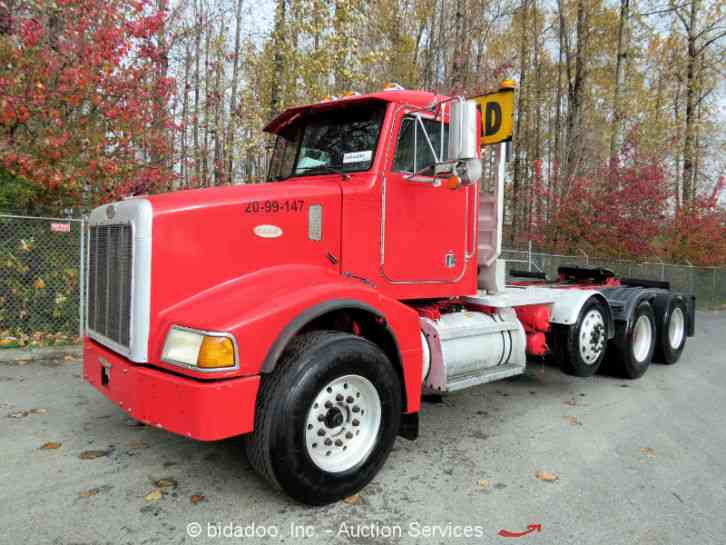 With Drop Axle Semi : Peterbilt  daycab semi trucks