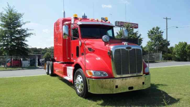 Freightliner Classic  2000    Sleeper Semi Trucks