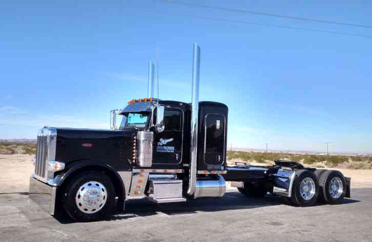 peterbilt  2013    sleeper semi trucks